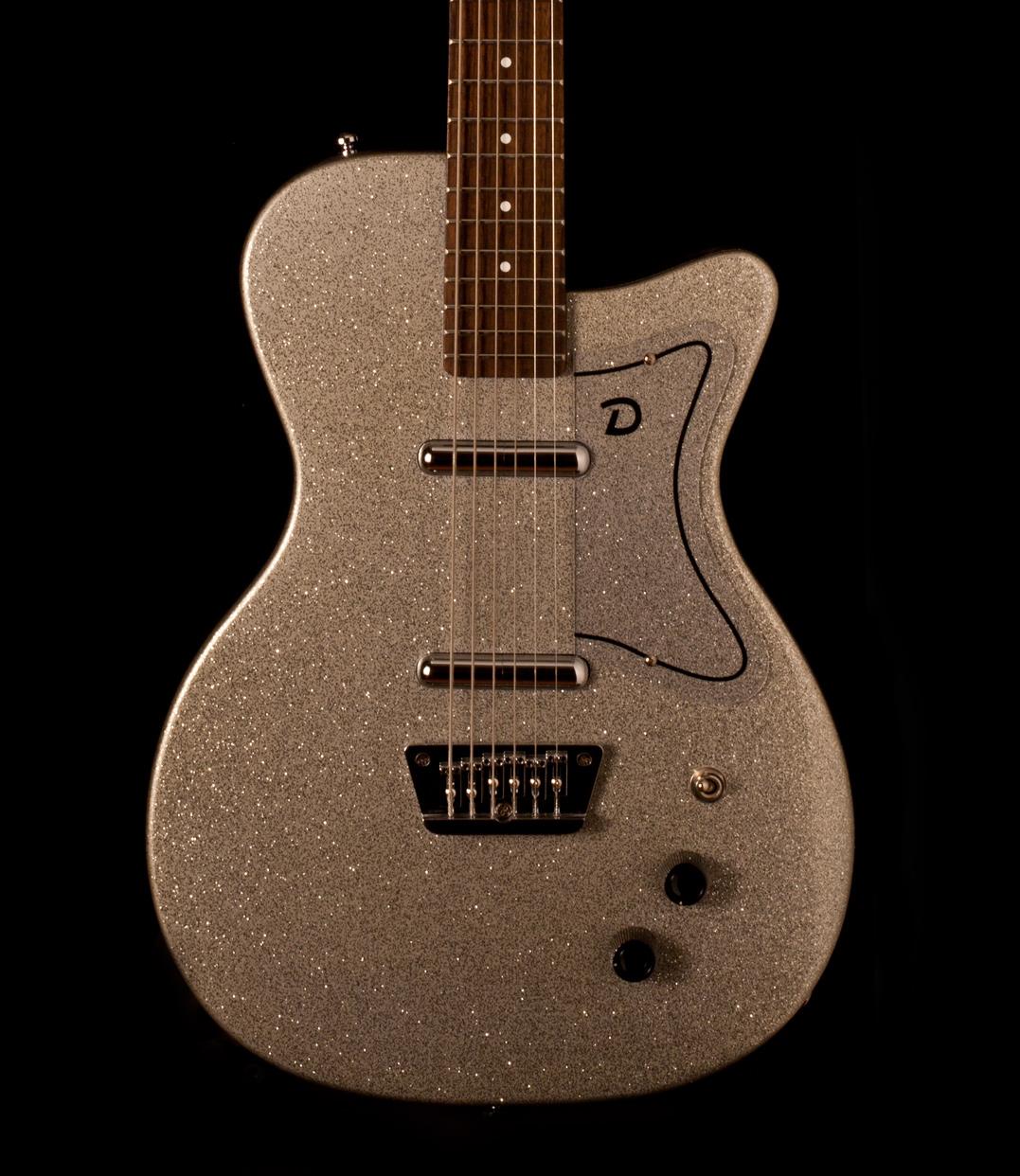 Danelectro Baritone Silver Metal Flake - Gitarren Total